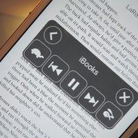 قابلیتی مخفی در آیفون که کتاب ها و مقالات شما را با صدای بلند می خواند