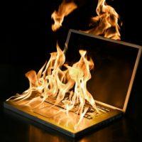 لپ تاپ شما بیش از حد گرم شده است؟! چگونه آن را سرد نگه داریم؟