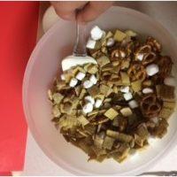 طرز تهیه ی شکلات سفید ترکیبی Chex