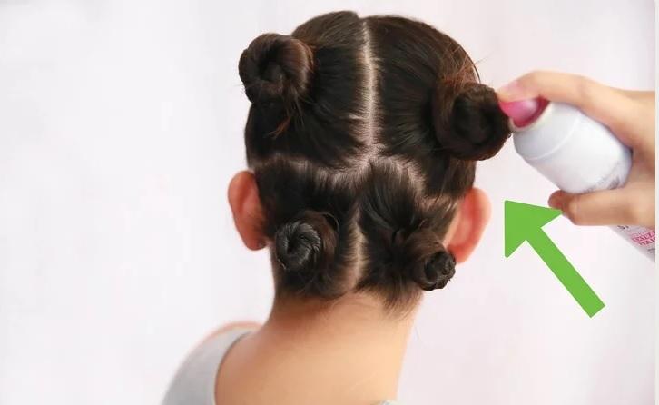 اسپری کردن مو